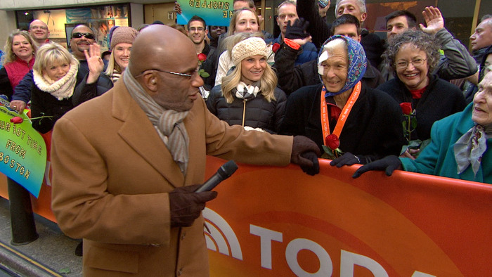 Image: Al Roker talks with Joy Johnson on the plaza