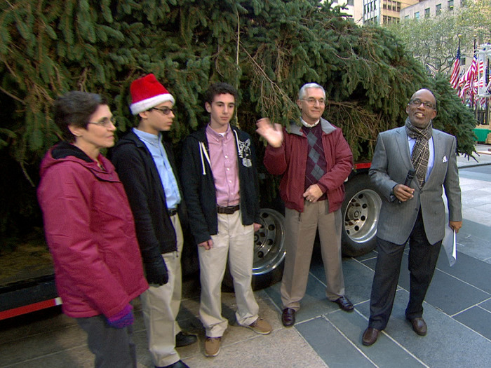 How Tall Is The Christmas Tree In Rockefeller Center