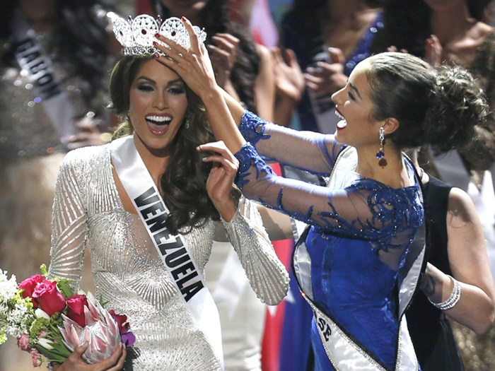 Miss Universe 2012 Olivia Culpo, from the United States, right, places the crown on Miss Venezuela Gabriela Isler during the 2013 Miss Universe pagean...