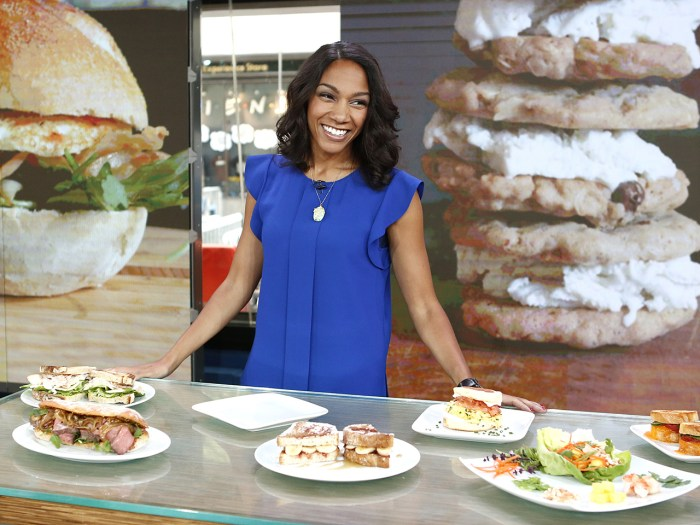 """New York Post reporter Stephanie Smith, whose popular """"300 Sandwiches"""" blog details her quest to engagement ring by making her boyfriend sandwiches, has signed a book deal to write about the experience."""
