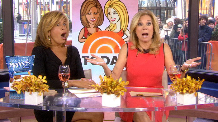 Kathie Lee and Hoda talk about a salon's controversial new policy.