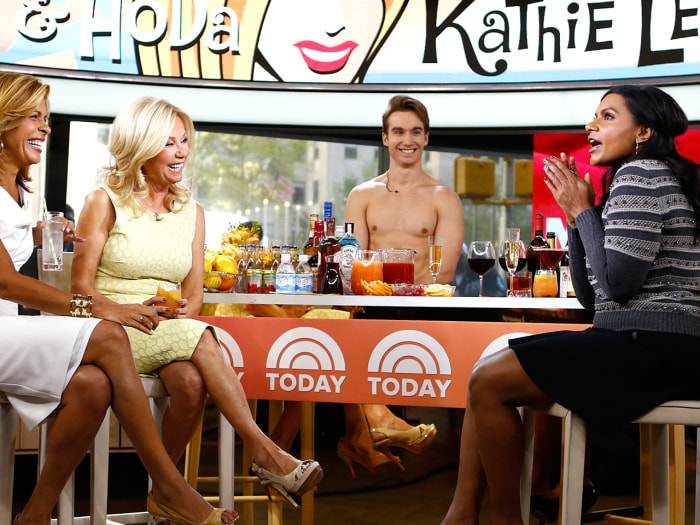 Kathie Lee and Hoda chatted with Mindy Kaling and a shirtless bartender on Tuesday.