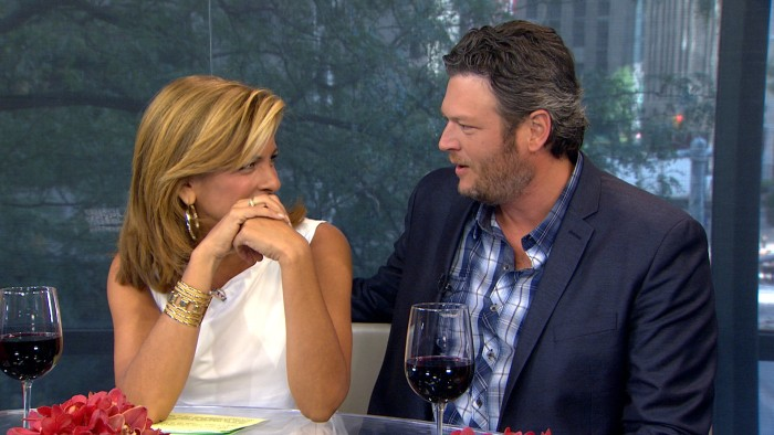 Hoda did some serious blushing on Wednesday with her celeb crush, Blake Shelton.