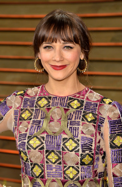 hairstyles that look good on everyone: spring hair for Rashida Jones