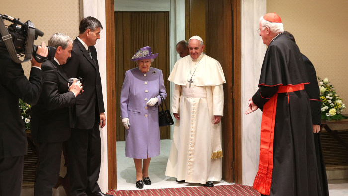 VATICAN CITY, ITALY - APRIL 03:  Queen Elizabeth II and Prince Philip, Duke of Edinburgh, have an audience with Pope Francis, during their one-day vis...