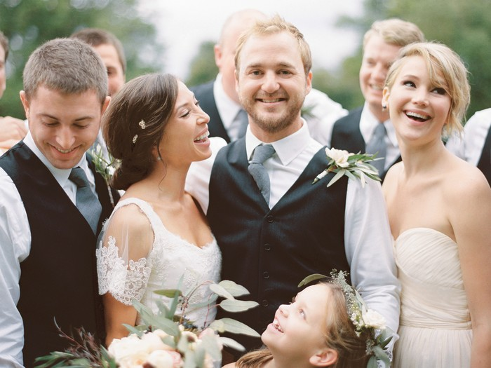 Jennifer Lawrence is a bridesmaid beauty in J.Crew dress ...