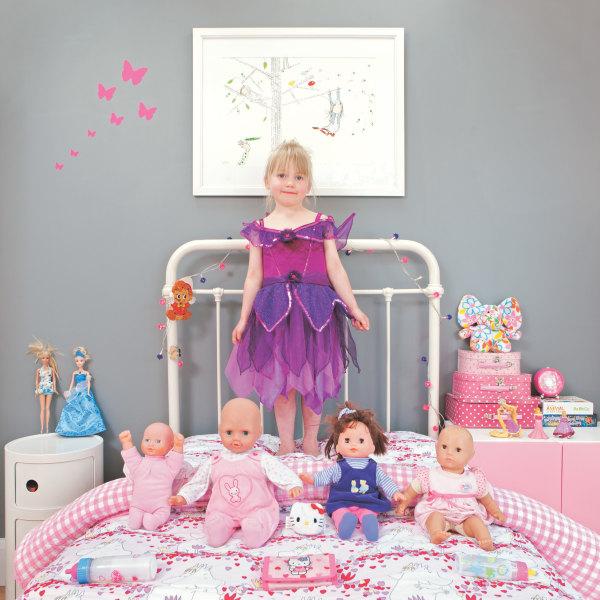 Sofia Iris Shonfeld, 4 - Bradfort on Avon, UK