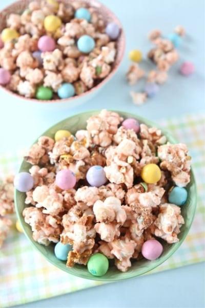 Salted-caramel Easter popcorn