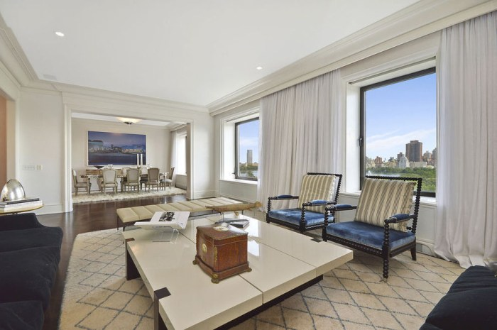 Expedia CEO Dara Khosrowshahi sold this four-bedroom apartment in New York's Orwell House, which features views of Central Park and a host of high-end amenities.