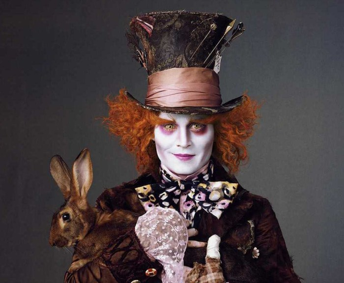 IMAGE: Johnny Depp in ALICE IN WONDERLAND