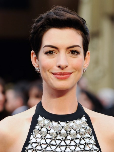 Anne Hathaway, short hair