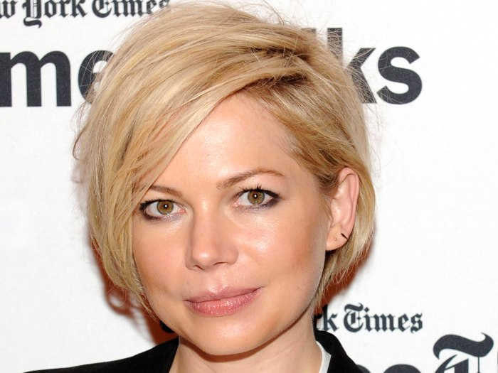 Cute short hairstyles: Michelle Williams