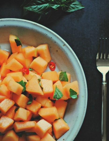 Spicy cantaloupe salad
