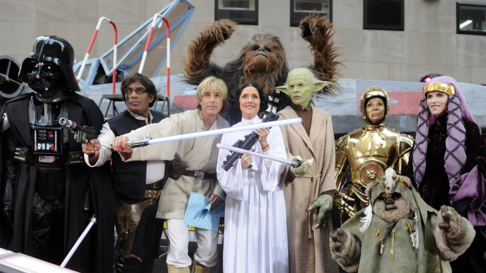 Alt image: TODAY anchors dressed as the cast of Star Wars.