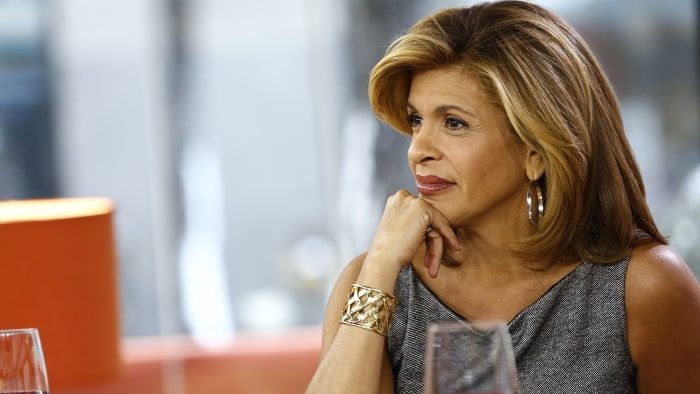 hoda kotb height