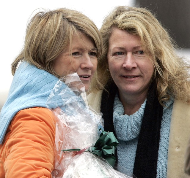 Martha Stewart with her sister, Laura Plimpton, in 2005. Plimpton died Wednesday after suffering a brain aneurysm.