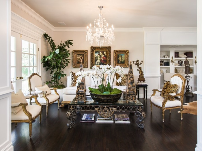 Sold Faye Resnick S Dramatically Decorated Home In
