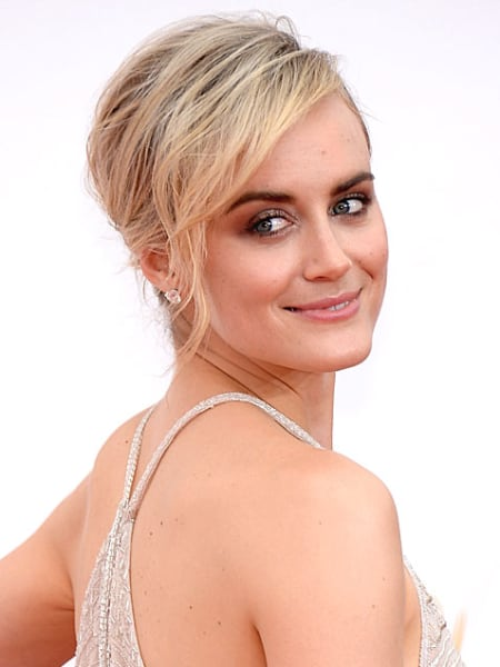 Emmys 2014: Best Beauty Looks: Taylor Schilling