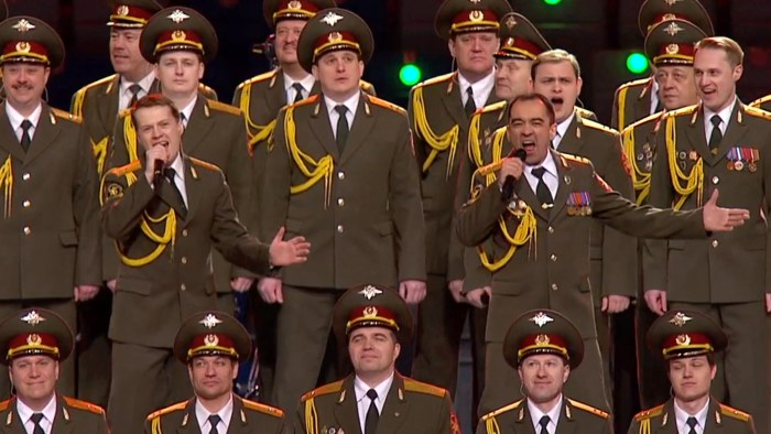 Russian police sing 'Get Lucky'