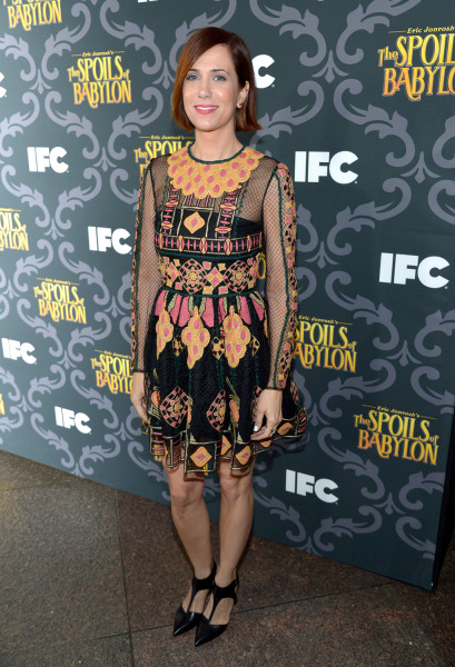 "IMAGE DISTRIBUTED FOR IFC - Kristen Wiig arrives at IFC's ""The Spoils of Babylon"" premiere red carpet at the DGA Theater on Tuesday, Jan. 7, 2014, in ..."