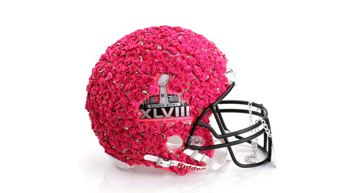 Betsey Johnson helmet