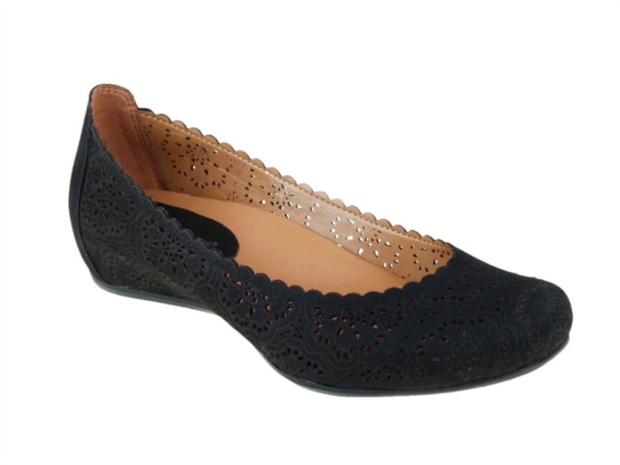comfy shoes flats