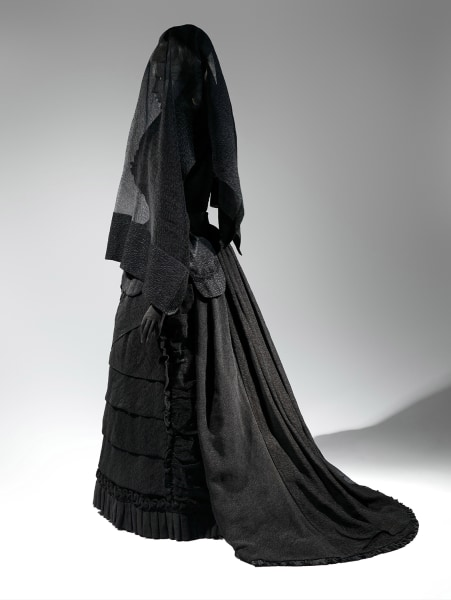 Mourning Ensemble, 1870-1872 Black silk crape, black mousseline The Metropolitan Museum of Art, Brooklyn Museum Costume Collection at The Metropolitan...