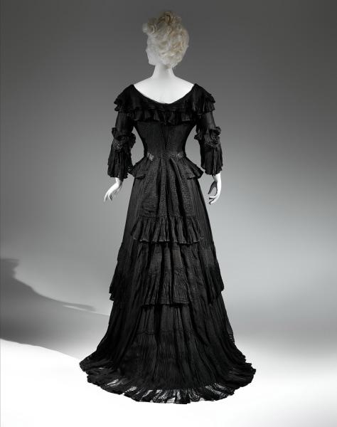 Mourning Dress, 1902-1904 Black silk crape, black chiffon, black taffeta The Metropolitan Museum of Art, Gift of The New York Historical Society, 1979...