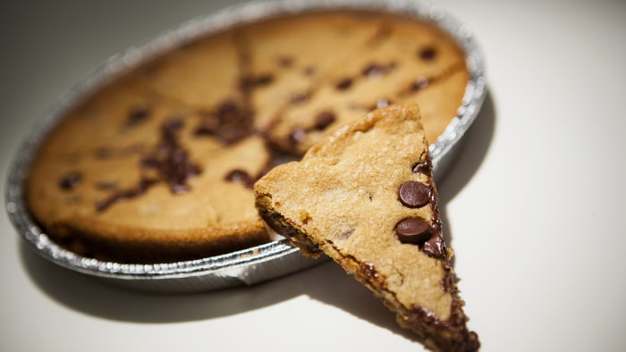 "Pizza Hut introduced the ""pizza cookie"" whihch contains an average of 165 Hershey's smi-sweet chocolate chips."
