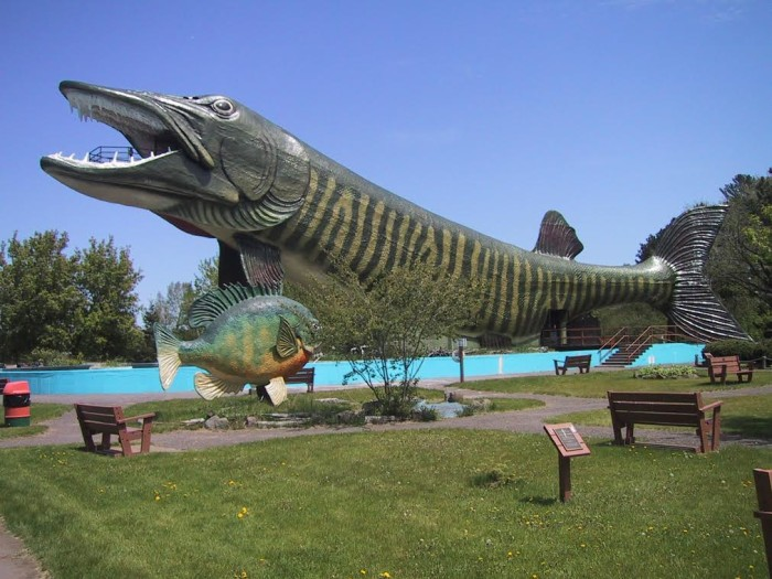 Image: The National Fresh Water Fishing Hall of Fame is housed inside a giant steel, concrete and fiberglass fish.