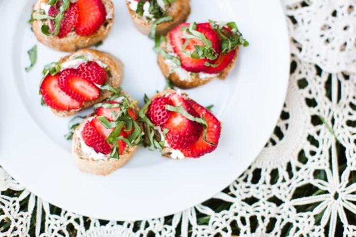 Strawberry basil crostini