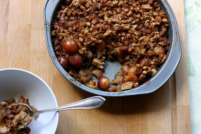 Rainier cherry brown betty