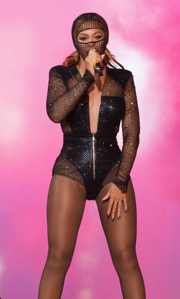 IMAGE DISTRIBUTED FOR PARKWOOD ENTERTAINMENT Beyonce performs during the On The Run tour at Soldier Field on Thursday, July 24, 2014 in Chicago, Illin...