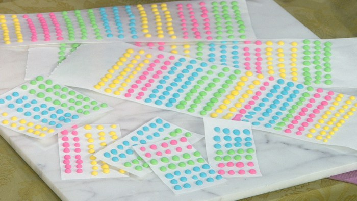 Image: Candy dots