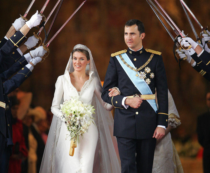 MADRID, Spain:  Princess of Asturias Letizia Ortiz and Spanish Crown Felipe of Bourbon leave Madrid's Almudena Cathedral at the end of their wedding c...