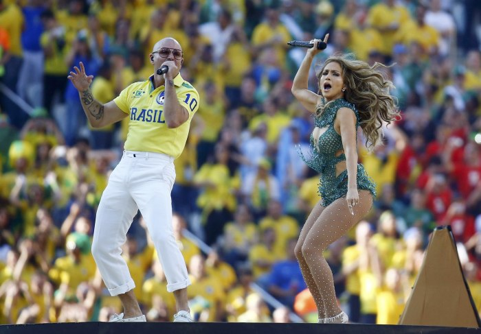 IMAGE: Singers Jennifer Lopez and Pitbull