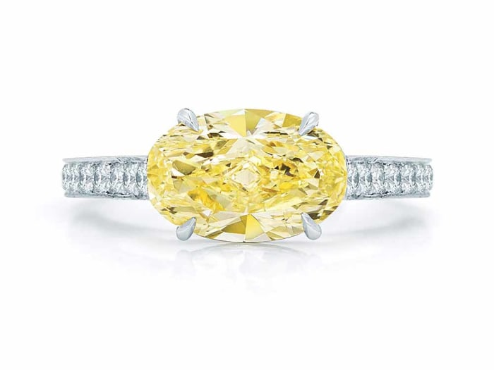 Kwiat oval diamond ring