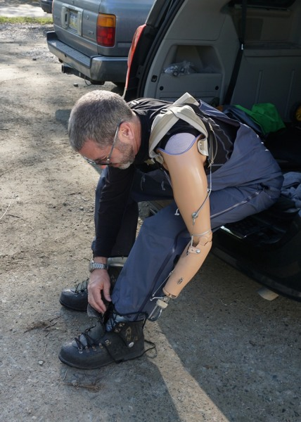 Journalist Miles O'Brien had his arm amputated after an accident in February.