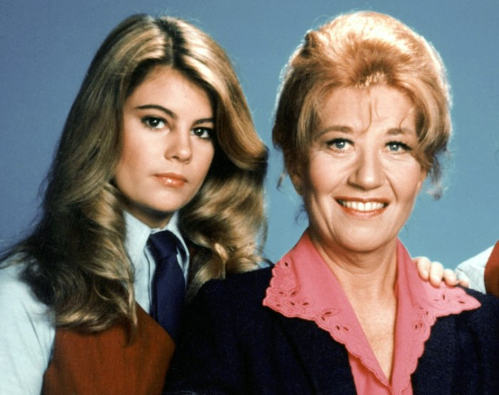 Image: A 1980s cast photo of Whelchel and Rae as Blair Warner and Edna Garrett