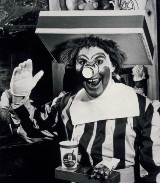 Black & white photo of Willard Scott as the first Ronald McDonald.