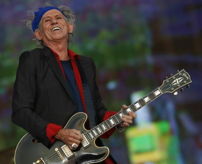 Keith Richards of the Rolling Stones performs at the British Summer Time Festival in Hyde Park in London July 6, 2013. REUTERS/Luke MacGregor