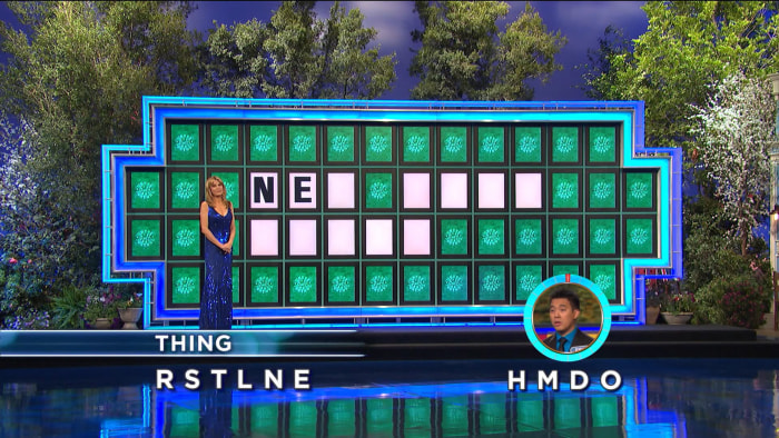 "De Leon was only given two letters to work with for a three-word ""thing,"" but still nailed it to win $45,000 on Wheel of Fortune."