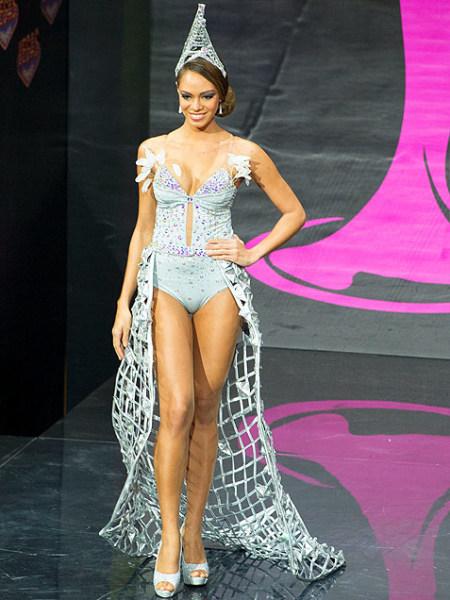 Hinarani de Longeaux - Miss France