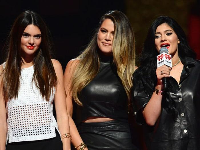 Khloe Kardashian Goes on Twitter Rant Defending Kendall & Kylie