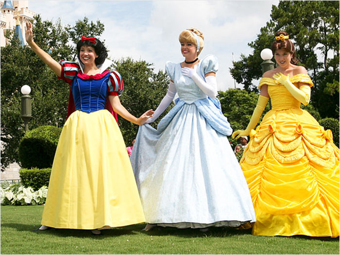 Snow White Disney World Secrets: Playing a Disney Princess