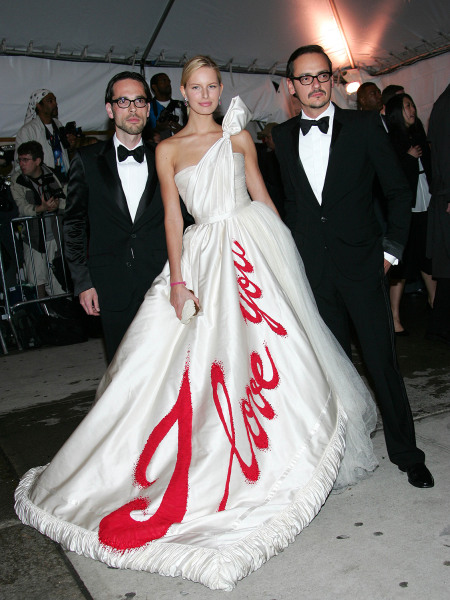 attends the MET Costume Institute Gala Celebrating Chanel at the Metropolitan Museum of Art May 2, 2005 In New York City.