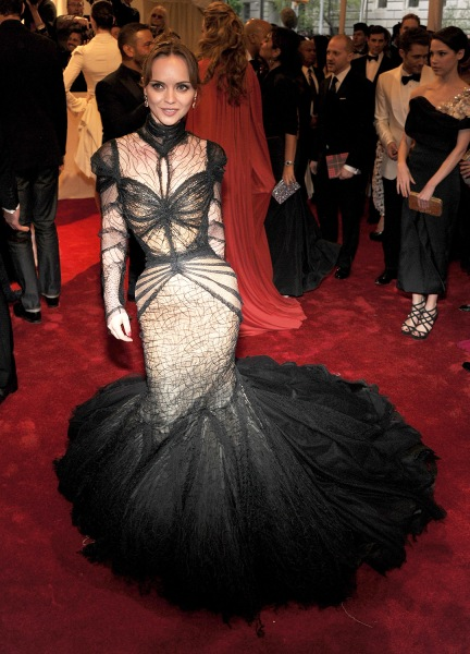 """Actress Christina Ricci attends the """"Alexander McQueen: Savage Beauty"""" Costume Institute Gala at The Metropolitan Museum of Art on May 2, 2011 in New York City."""