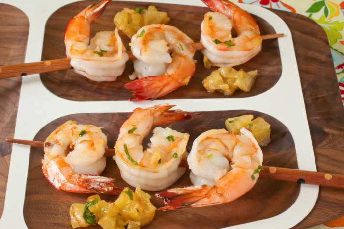 Seared shrimp with pineapple and cilantro