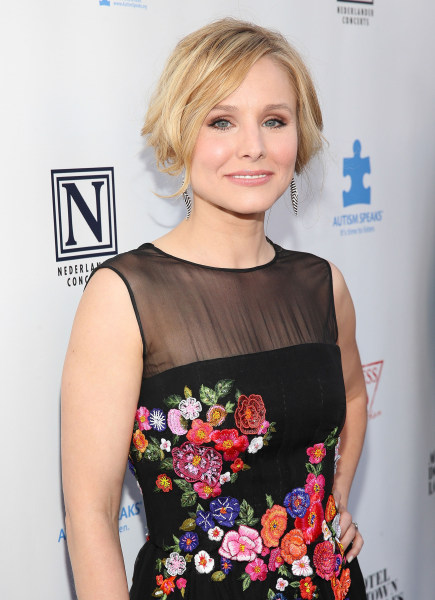 LOS ANGELES, CA - APRIL 05:  Actress Kristen Bell attends the 2nd Light Up The Blues Concert - An Evening Of Music To Benefit Autism Speaks at The The...