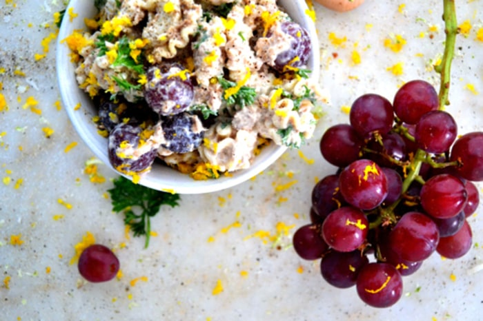 Sweet grape and pasta salad